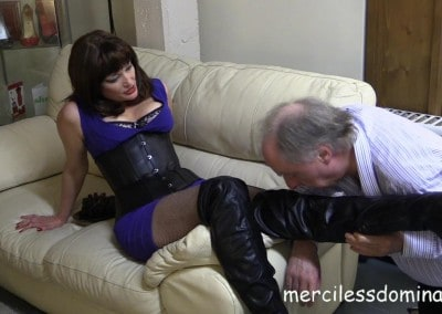 Foot Fetish for Mistress Mia