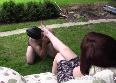 Mistress Zoe´s Dirty Feet 4