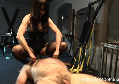 Slave of Miss Jessica Wood