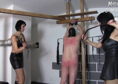 Hard Whipping of Two Slaves2