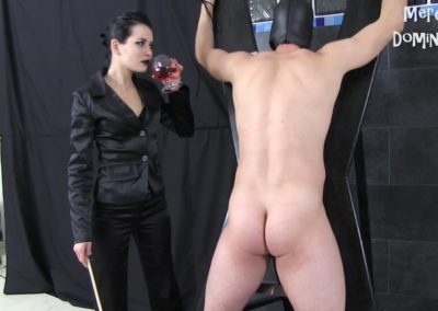 Whipping Fun With Mistress Lilith
