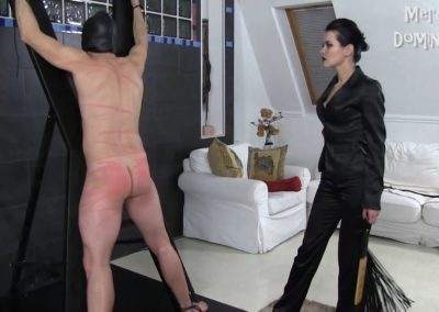 Whipping Fun With Mistress Lilith2