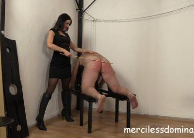 Lady G Spanks Her Slave3