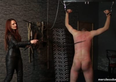 Mistress Rebekka Knows How to Use a Whip4
