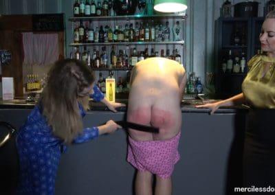Drunk Bartender3